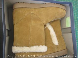 Boots - Sz 8