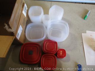 Rubbermaid 21 Containers