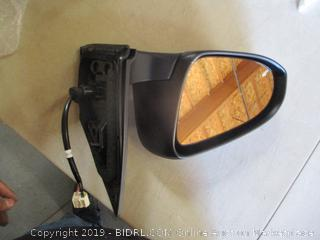 Dependable Direct Side Mirror