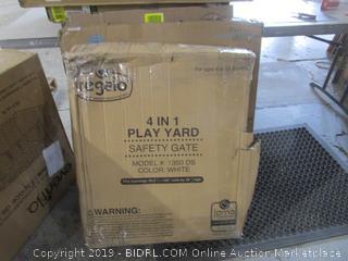Regalo 4 in 1 Play Yard