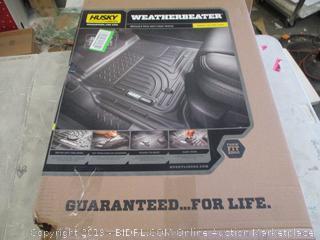 Husky Weatherbeater floor mat