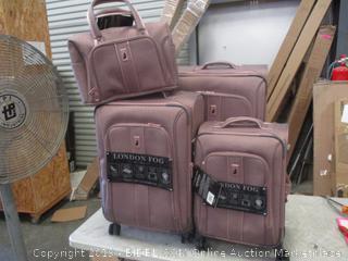 London Fog Luggage Set
