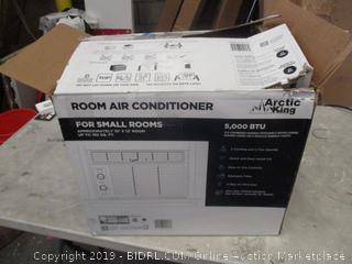Arctic King Room Air Conditioner Powers on See Pictures