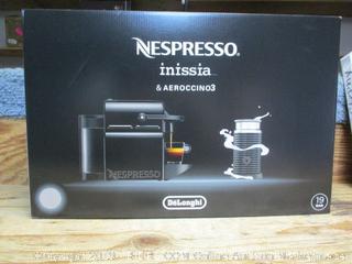 Nespresso Inissia & Aeroccino 3 coffeemaker - powers on