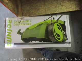 Sunjoe scarifier + dethatcher - box damage