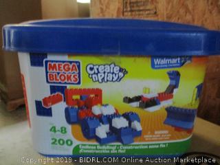 Mega Bloks create n play building blocks toy