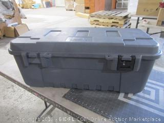Plano Sportsman Trunk with wheels