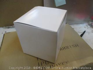 8x8x8.5. 20x20x21CM. Boxes See Pictures
