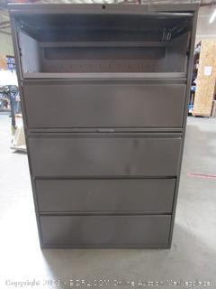 Metal Storage / File Cabinet 67Hx42Wx18.5D