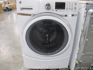 GE 4.5 Cu. Ft. Capacity Front Load Energy Star Washer with Steam (Used)