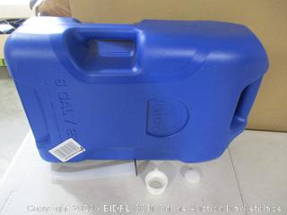 Igloo Water Container (Cap Cracked)