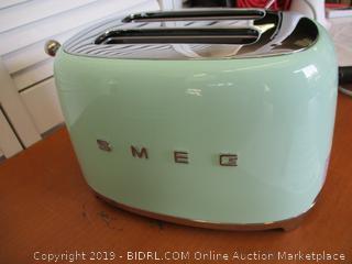 Smeg TSF01PGUS 50's Retro Style Aesthetic 2 Slice Toaster, Pastel Green (Retail $150)