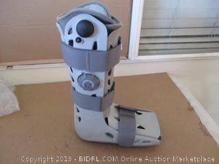 Aircast Airselect Walking Boot  (Elite Small, $101  Retail)