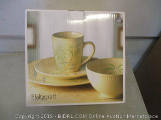 Pfaltzgraff palm design service for 4 stoneware dinnerware set