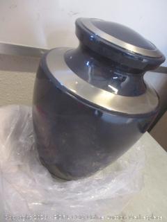 urn/container item