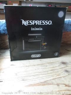 Nespresso Inissia DeLonghi coffeemaker item