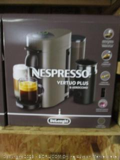 Nespresso Vertuo Plus & Aeroccino coffee machine - powers on