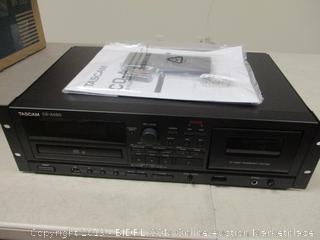 Tascam CD Player - Powers On