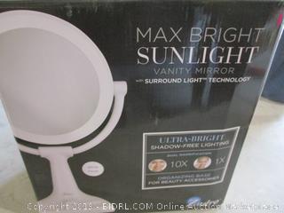 Max Bright Vanity Mirror Powers On