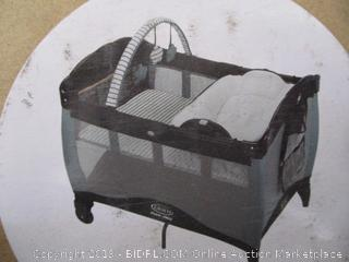 Graco - Pack 'n Play Reversible Napper & Changer LX Playard (Holt) - Opened for Picturing - $129 Retail