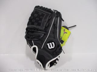 Wilson Right Hand Throw Baseball Glove