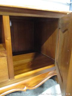 2-Door 2-Drawer French Entertainment Unit