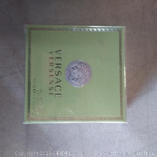 Vesace Perfume