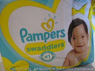 Pampers Swaddlers Size 5 (Box Damaged)