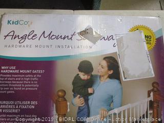 Angle Mount Gate (Sealed)