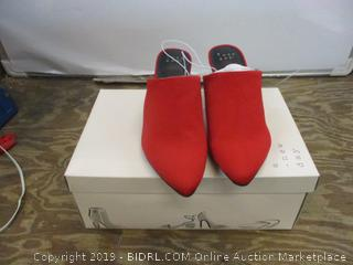 A new day Neva Red size 6.5