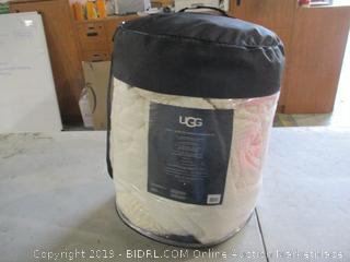 UGG Queen Reversible Comforter bedding