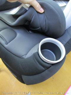 Maxi-Cosi Pria 3-in-1 Convertible Car Seat (Retail $270)