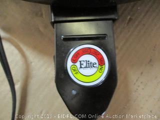 "Elite Gourmet 14"" Electric Indoor Grill (Missing Lid Knob)"