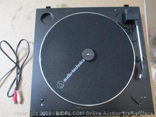 Audio-Technica AT-LP60XBT Turntable (Missing Cover)