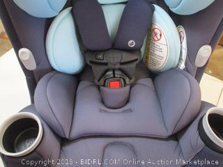 Maxi Cosi- Pria- 3 in 1 Convertible Car Seat- Arctic Mist ( $279 Retail)