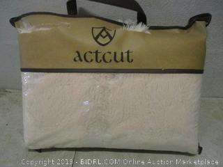 ActCut thick carpet for home decoration