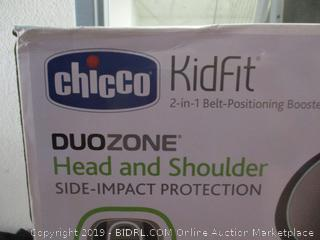 Chicco KidFit 2-in-1 belt positioning DuoZone carseat