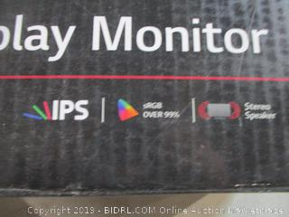 """LG Infinity Display Monitor 24"""" Powers On See Pictures"""
