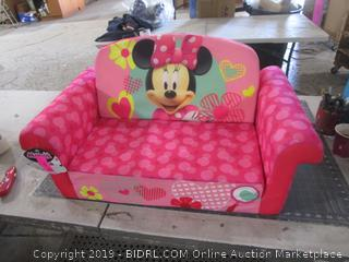 Minnie Pull out sofa