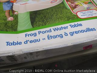 Little Tikes Frog Pong Water Table