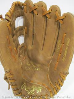 Rawlings Player Preferred Series PP140R Ball Glove, Right-Hand Throw (14-Inch)