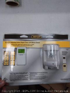 Defiant Daylight Adjusting Indoor Digital Timer with Motion Sensor (cracked screen)