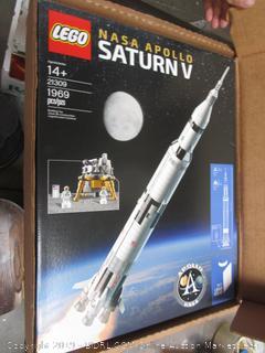 Lego Nasa Apollo Saturn V (please preview)