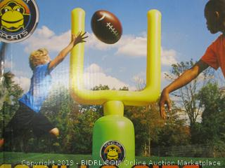 Franklin- Kong Air Sports- Gorilla Size Football Set