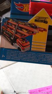 Hot wheel Mega hauler