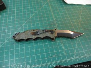 wartech USA Knife in box