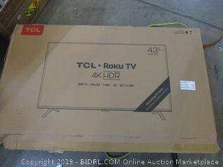 """TCL Roku TV 43"""" Powers on See Pictures"""