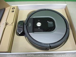 Roomba 960 Powers On See Pictures