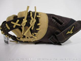 Mizuno Left Hand Throw Baseball Glove