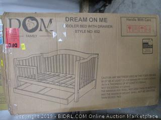 Dream On Toddler Bed With Drawer